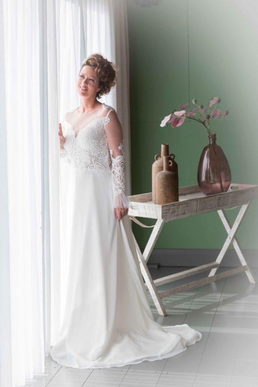 bohemian trouwjurk van kleemeier met kanten mouwen en een lage rug