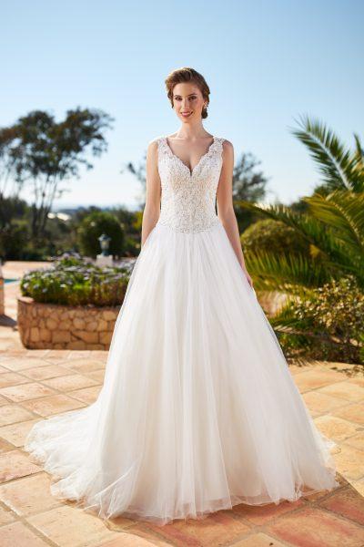 tres chic kanten trouwjurk met volle rok